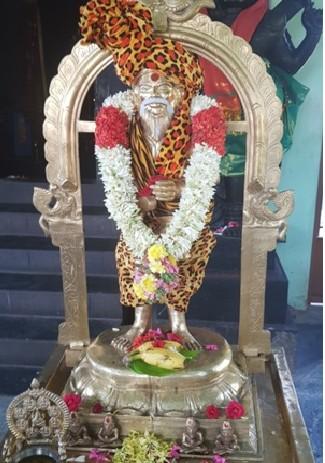 Siddha Kagapujanda known as Thalaiati Siddha
