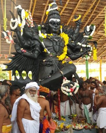 Kaludhavalai